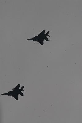 那覇上空の戦闘機 002.jpg